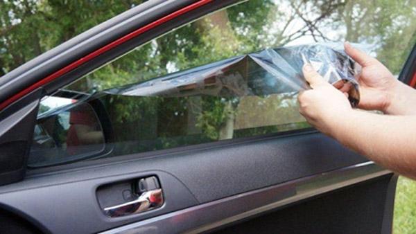 Снятие тонировки с бокового окна